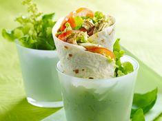 Découvrez la recette Wrap de poulet sur cuisineactuelle.fr.