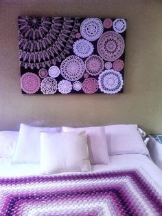 Diy wall art with crochet doilies. Get your doilies here… Crochet Decoration, Crochet Home Decor, Doilies Crafts, Crochet Doilies, Crochet Rugs, Beaded Crochet, Diy Crochet, Crochet Wall Art, Doily Art