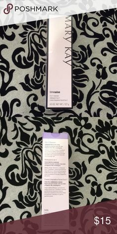 Mary Kay Timewise 3 in 1 cleanser This is a new, still in original box, Mary Kay Timewise 3 in 1 cleanser for combination to oily skin. Fast shipping from a smoke free home. Offers and questions welcome. Thank you for looking. Mary Kay Other