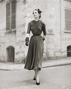 Contemporary Fashion: Jean Moral, 1954(via)