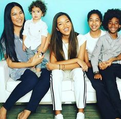 Kimora Lee Simmons' Most Fabulous Family Moments Black Celebrities, Famous Celebrities, Celebs, Beautiful Celebrities, All Family, Family Goals, Family Matters, Happy Family, Celebrity Couples