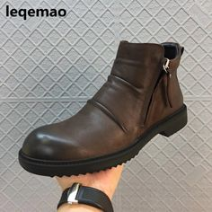 New Men Boots Arrival Basic High-Top Genuine Leather Luxury Trainers Winter Men Warm Fur Snow Boots Zip Flats Black Brown Shoes