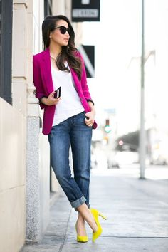 5 Looks to Transition Your Outfit for Spring Temps, dark jeans cuffed, white top, bold pink blazer with yellow high heels, women's spring fashion Fashion Mode, Look Fashion, Spring Fashion, Womens Fashion, Street Fashion, Gypsy Fashion, Fashion 2018, Fashion Beauty, Fashion Trends