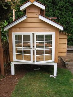 Consdrs's Coop 2009 - BackYard Chickens Community - I could use my reclaimed windows like this