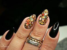 snake nails