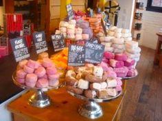 so many sweet soap, bath shops ...SOAP SHOP