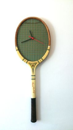 Hey, I found this really awesome Etsy listing at https://www.etsy.com/listing/240337153/vintage-tennis-racket-clock