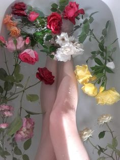 flowers, aesthetic, and bath image Flower Aesthetic, Bodies, Beautiful, Floral, Plants, Instagram, Bathtubs, Aphrodite, Dreamy Photography