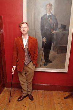 The supremely suave Mark Gatiss. Velvet is sexy. Mycroft Holmes, Moriarty, Sherlock Bbc, Mrs Hudson, Mark Gatiss, Steven Moffat, 221b Baker Street, John Watson, Johnlock