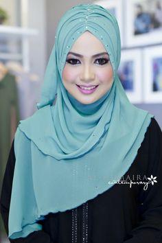Al-Humaira Contemporary Jenna Iranian Women Fashion, Pakistan Fashion, Islamic Fashion, Hijab Mode, Instant Hijab, Moslem Fashion, Hijab Style Tutorial, Hijab Collection, Turban Hijab