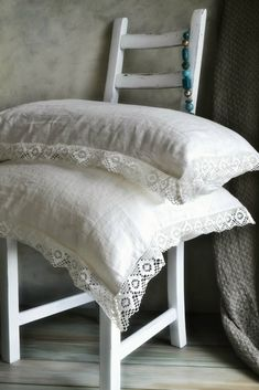 white-lace trim on pillow cases