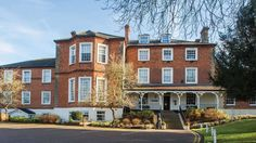 Brandshatch Place Hotel & Spa | Brands Hatch #Hotel On http://bit.ly/2bHsBnF