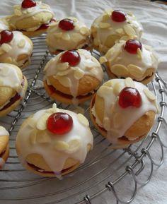 Bakewell Whoopie Pies