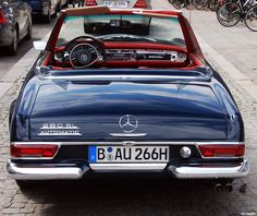 Historia De Coches SL Mercedes-Benz Automatic 💗 ❤ ️❤️ 💗 F. Mercedes 280, Classic Mercedes, Mercedes Benz Cars, Benz Amg, Mercedez Benz, Daimler Benz, Cabriolet, Car Car, Sport Cars
