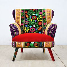Retro style handmade armchair upholstered with Suzani, Thai Hmong and velvet fabrics. Beautiful combination of lovely colors. Seat and outer Funky Furniture, Upcycled Furniture, Painted Furniture, Furniture Chairs, Moroccan Furniture, Gray Furniture, Furniture Ideas, Furniture Design, Kitchen Chair Cushions