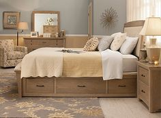 You won't have to choose between comfort, style and convenience when you choose the Crest Hollow 4-piece queen platform bedroom set with storage bed. Each piece features clean lines and an oak finish for endless decorating options. The padded, upholstered headboard and footboard bench keep you comfy at all times, and roomy underbed drawers conquer your storage problems.