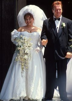 Roseanne Barr and Tom Arnold married in 1990
