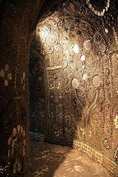© Barney Moss/Flickr - Découverte en 1835, cette grotte située près de Margate dans le Kent, en Grande-Bretagne, n'a jamais livré ses secrets.