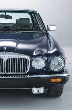 Daimler Double-Six Series 3 Left hand drive Jaguar Xj12, Jaguar Cars, Automobile, Bmw Girl, Jaguar Daimler, Xjr, Series 3, Old Cars, Motor Car