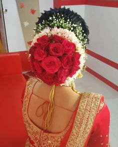 South Indian Wedding Hairstyles, Bridal Hairstyle Indian Wedding, Unique Wedding Hairstyles, Bridal Hair Buns, Bridal Hairdo, Indian Bridal Makeup, Indian Hairstyles, Bride Hairstyles, Engagement Hairstyles