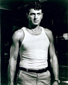 The Rock Hudson project: Photo Hollywood Icons, Hollywood Actor, Golden Age Of Hollywood, Vintage Hollywood, Classic Hollywood, Famous Legends, Divas, Rock Hudson, Handsome Actors
