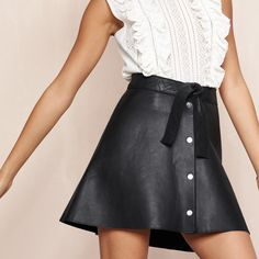 Discover the JANKA skirt. #SummerInMaje