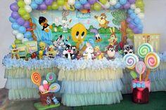 Table Looney Tunes Decoration