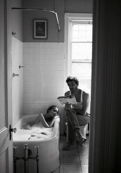 В ванной читать