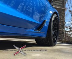 "Our friends at Weapon X Motorsports equipped Brad's Laguna Blue C7 Corvette Z06 with these 20/21"" Forgeline DE3C-SL wheels finished with Satin Black centers, Gloss Black outers, and custom Z06 center caps and massive Pirelli 375/20R21 tires on the rear. See more at: http://www.forgeline.com/customer_gallery_view.php?cvk=1316  #Forgeline #DE3CSL #notjustanotherprettywheel #madeinUSA #Corvette #C7 #Z06"