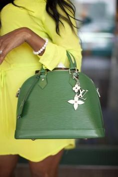 Green Louis Vuitton fashion handbag designer style louis vuitton high fashion bag spring fashion