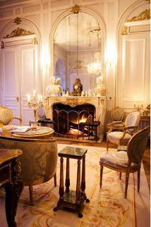 Chateau de Lille: Elegant French Style Fireplaces