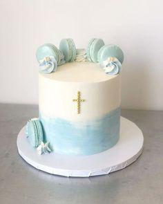 Boys First Communion Cakes, Boy Communion Cake, Buttercream Cake Designs, Confirmation Cakes, Crown Cake, Baby Birthday Cakes, Celebration Cakes, Cake Art, Cake Decorating
