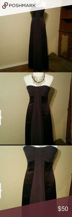 Davis Bridal Plum purple Braide's Maid Dress Davis Bridal Dark Purple Braide's Maid Dress  Size 6  Color : Dark Purple  Strapless dress  Only worn once Excellentconditions David's Bridal Dresses Strapless