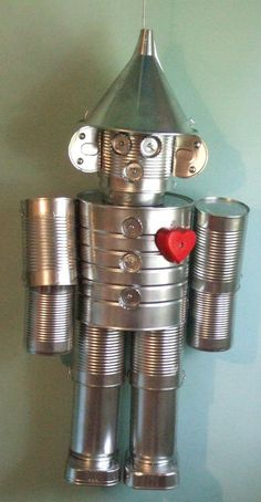 """The Tin Man"" Craft Upcycle - I saw one of these on a neighbor's porch many years ago and thought it was so cute!  They had it out in the fall along with a scarecrow."