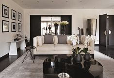 Kelly Hoppen - there really is very little about Kelly's work which we don't admire. This is a masculine, room, sure, but it's not overt. Love. C x