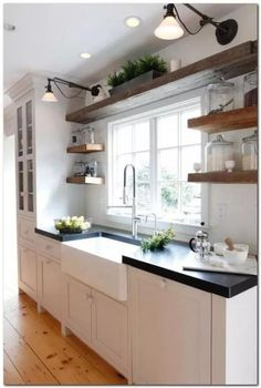 Farmhouse Sink With Stainless Faucet – – Bauernhaus Waschbecken mit Edelstahl Wasserhahn – Diy Kitchen Remodel, Kitchen Redo, Home Decor Kitchen, Kitchen Styling, Home Kitchens, Kitchen Nook, 10x10 Kitchen, Cheap Kitchen, Kitchen Pantry