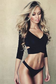 Find images and videos about girl, sexy and perfect on We Heart It - the app to get lost in what you love. Fit Women, Sexy Women, Fit Girl, Mannequins, Gorgeous Women, Hello Gorgeous, Absolutely Gorgeous, Fitness Inspiration, Motivation Inspiration