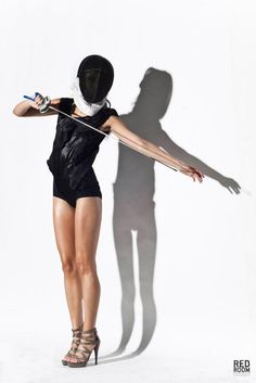 esgrima moda. More modeling then fencing (duh) but still a cool picture.
