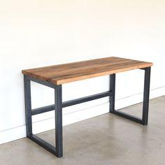 Gotten back Wood Desk / Business Barn Wood Desk and Modern Industrial Desk, Vintage Industrial Furniture, Metal Furniture, Furniture Plans, Rustic Furniture, Diy Furniture, Furniture Design, Barbie Furniture, Garden Furniture