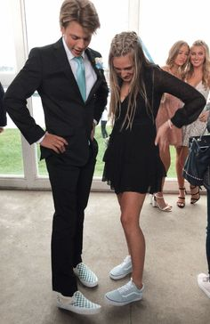 homecoming outfits for guys vans prom vans promposal boy girl love formal black prom dress blue prom suit Couple Goals Relationships, Relationship Goals Pictures, Relationship Cartoons, Boyfriend Goals, Future Boyfriend, The Suits, Homecoming Pictures, Homecoming Outfits, Prom Pics