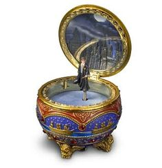 Harry Potter and the Philosopher Stone Music Box Harry Potter Nursery, Harry Potter Gifts, Harry Potter Snow Globe, Harry Potter Music Box, Antique Music Box, The Sorcerer's Stone, Harry Potter Collection, Mischief Managed, Music Boxes