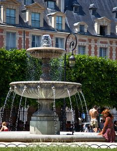 Le Marais, Place des Vosges, Paris III  My very favorite place in Paris!  Took a photo almost exactly like this one!