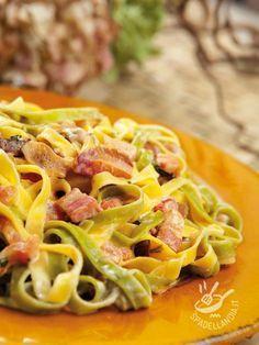 Paglia e fieno alla boscaiola – Rezepte Italian Pasta, Italian Dishes, Italian Recipes, Italian Main Courses, Macaron, I Love Food, Pasta Dishes, Pasta Food, Cooking Time