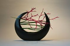Keith Stanley - Ikebana with emphasis on line