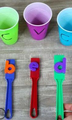 Fun CVC Words Fish and Build activity for Kids. #cvcwords #wordbuilding #literacygames #readinggames