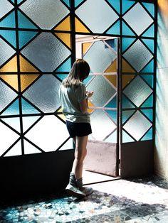 Untitled By Maurizio Di Iorio, flickr.com Stained Glass Door, Colored Glass, Interior Exterior, Interior Architecture, Interior Design, Glass Wall Design, Design Vitrail, Glass Partition, Modern Glass