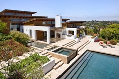 The architects at Safdie Rabines have designed the Hilltop House in Rancho Santa Fe, California.