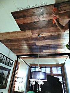 One of my favorite ceiling options BY FAR! DIY Wood Planked Ceiling - Redhead Can Decorate Wood Plank Ceiling, Wood Ceilings, Pallet Ceiling, Patio Ceiling Ideas, Painted Ceilings, Coffered Ceilings, Shiplap Ceiling, Ceiling Panels, Ceiling Lamps