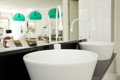 Mueble de baño inda, serie Perfetto, con grifería de Gessi modelo Goccia, http://www.alcoperconcept.com/nosotros/