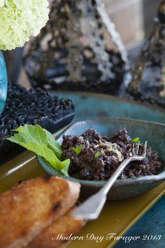 olive tapenade http://www.moderndayforager.wordpress.com